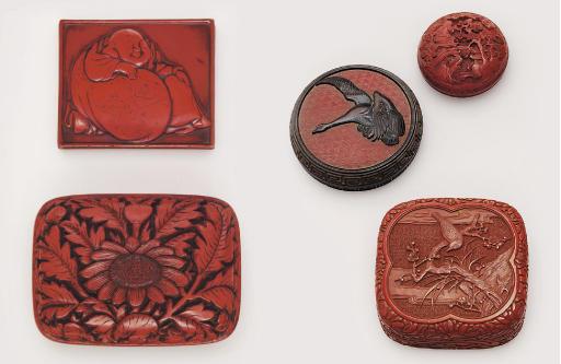 Four lacquer kogo [incense box