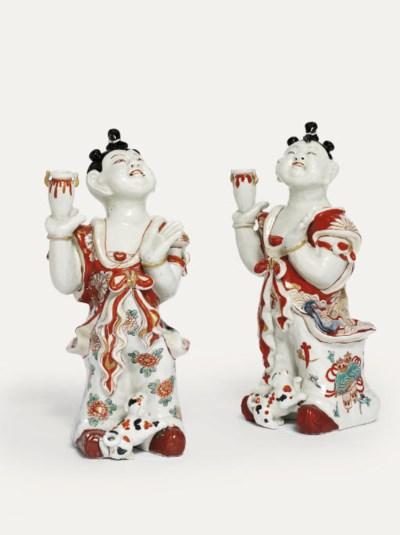 A pair of rare Imari figures