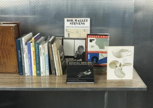 LITERATURE: ARCHITECTURE & DES