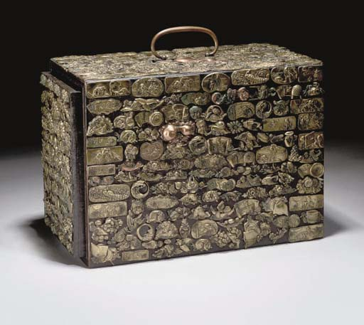 A Japanese wooden box, 19th Ce