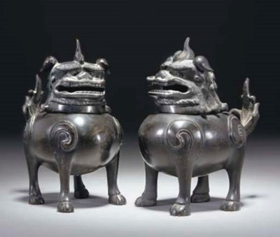 A Pair of Chinese bronze Buddh