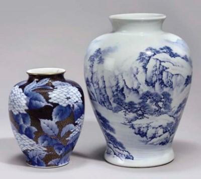Two Japanese Fukugawa vases, M