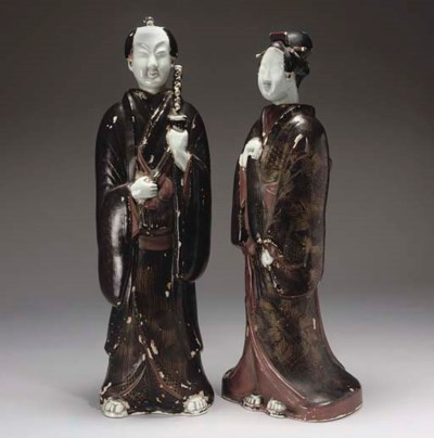A pair of Japanese gilt-lacque