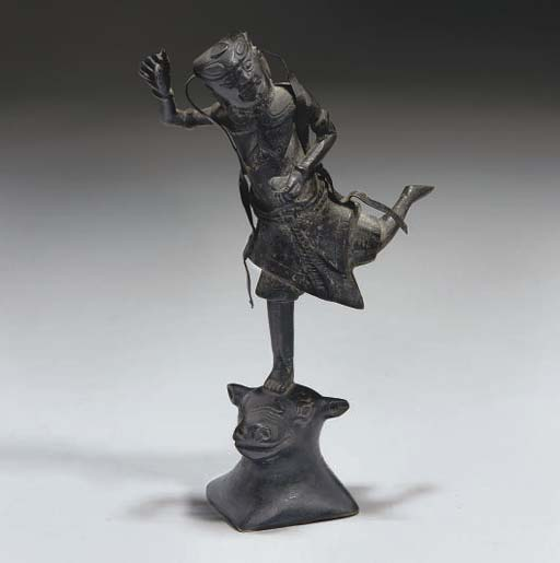 A Chinese bronze figure of an