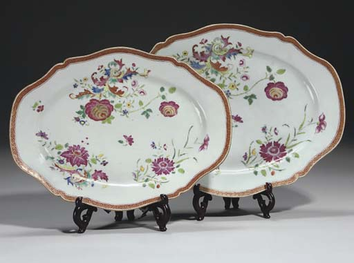 Two famille rose platters, cir