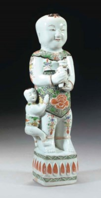 A Chinese famille verte figure