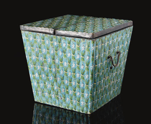 A Cloisonne enamel box and cov