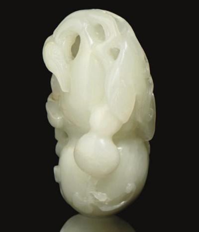 A white jade double-gourd carv