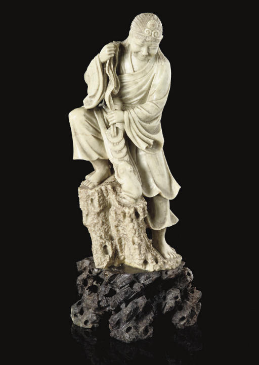 A large soapstone carving of L