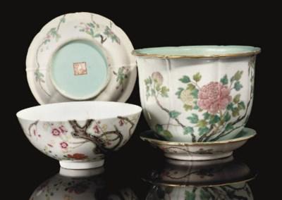 A famille rose 'prunus' bowl,