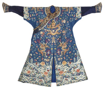 A CHI FU OR FORMAL COURT ROBE,