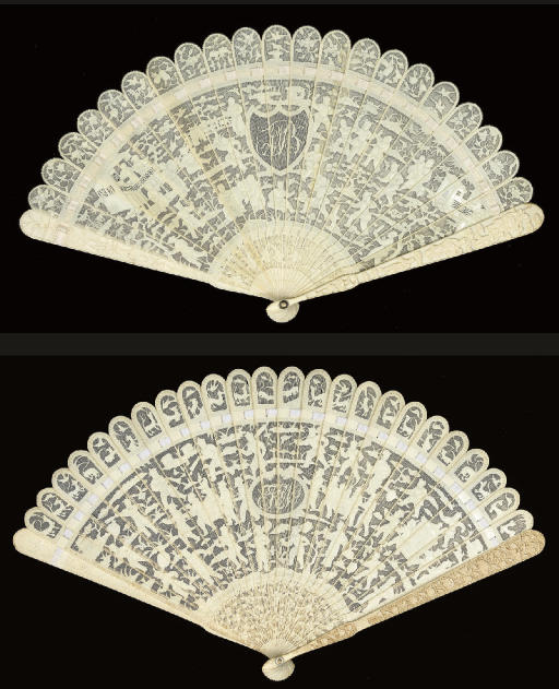 A CANTON IVORY BRISE FAN, 19TH