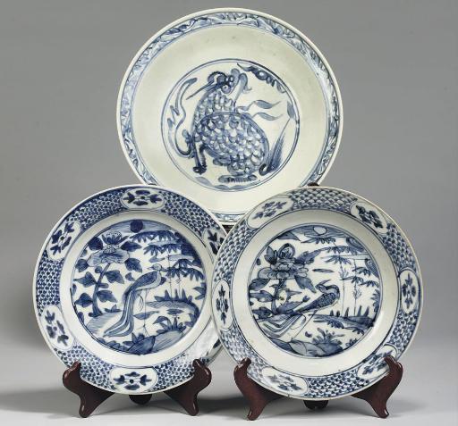 Three blue and white Swatow di