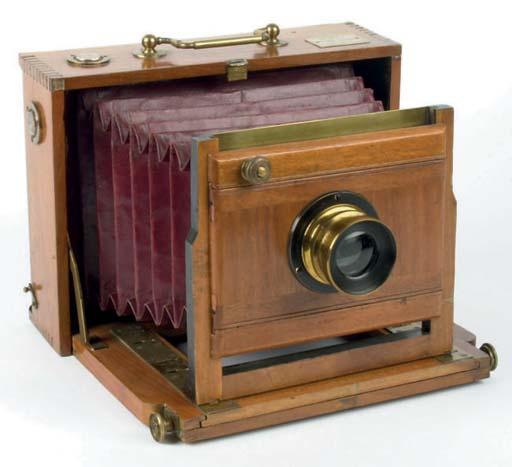 Photo-Hall camera