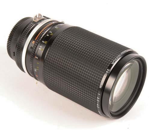 Zoom-Nikkor 35-200mm. f/3.5-4.