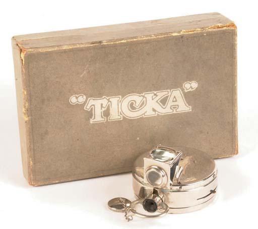Ticka camera outfit