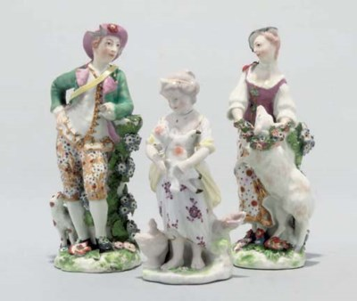 A PAIR OF CHELSEA FIGURES OF '