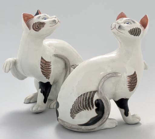 A PAIR OF SAMSON MODELS OF CAT