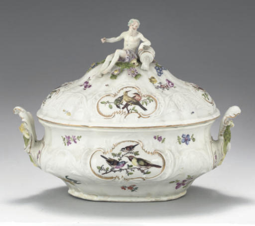 A MEISSEN 'DULONG' TWO-HANDLED OVAL TUREEN AND COVER
