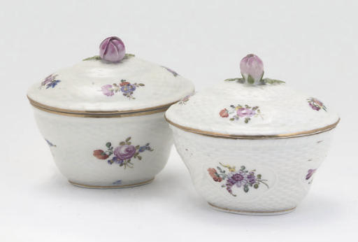 A MEISSEN SPOON-TRAY, TWO CONT
