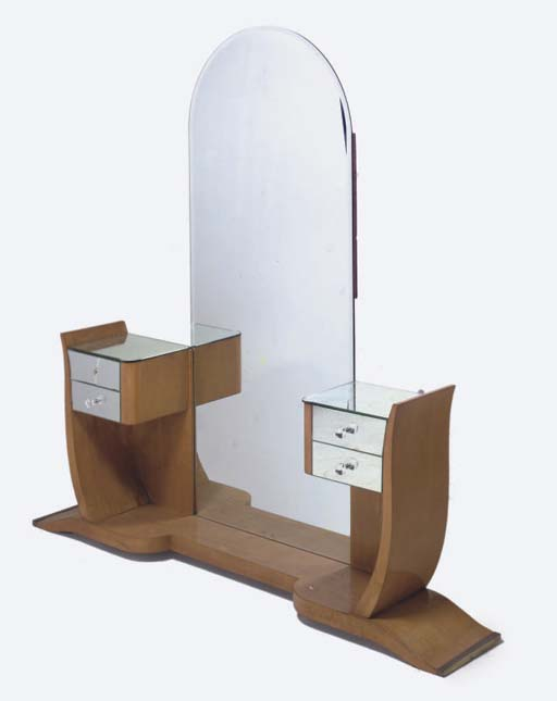 AN ART DECO SATIN BIRCH AND MIRRORED GLASS DRESSING TABLE