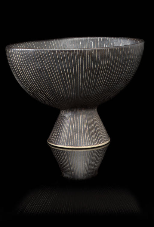 LUCIE RIE; FOOTED BOWL