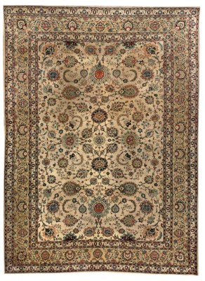A fine Kashan carpet, Central