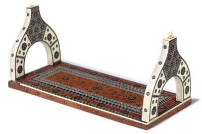 AN ANGLO INDIAN IVORY INLAID B