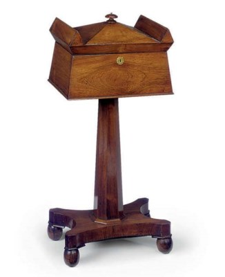 AN EARLY VICTORIAN ROSEWOOD TE