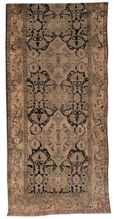 An antique Karabagh kelleh, fr