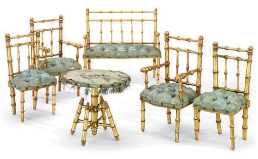 A FRENCH SUITE OF GILTWOOD MIN