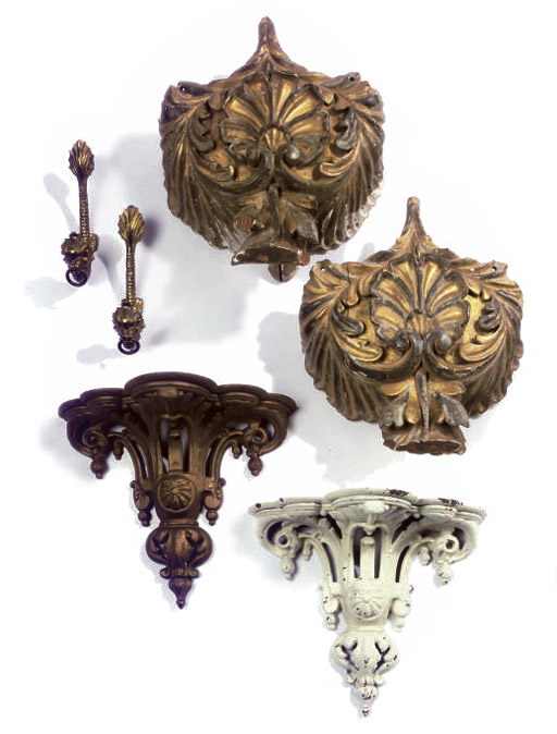 PAIR OF VICTORIAN CAST-IRON WALL BRACKETS
