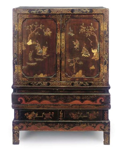 A CHINESE LACQUERED AND MOTHER