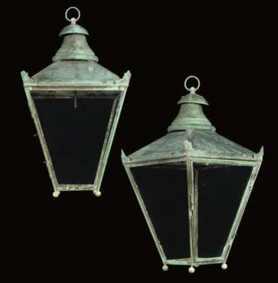 A PAIR OF COPPER PORCH LANTERN