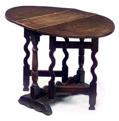 AN ENGLISH OAK GATELEG-TABLE