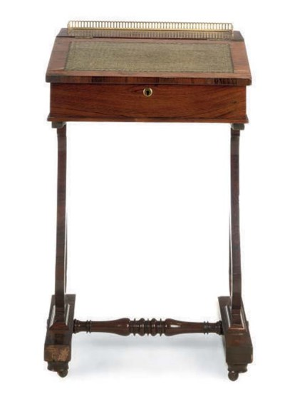 AN EARLY VICTORIAN ROSEWOOD WR