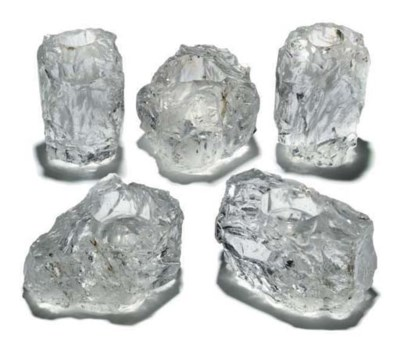 A GROUP OF FIVE CRYSTAL GLASS