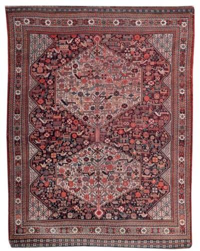 A fine antique Hamseh rug, Sou
