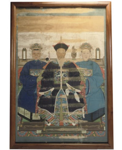 A LARGE CHINESE ANCESTOR PAINT