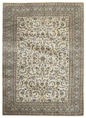A fine Fadei Kashan carpet