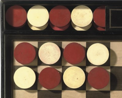 A SET OF FRENCH IVORY DRAUGHTS