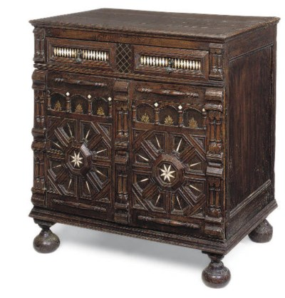 AN OAK AND INLAID ENCLOSED CHE