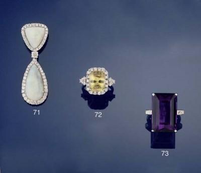 A CHRYSOBERYL AND DIAMOND CLUS