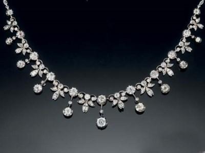A Victrorian diamond necklace/