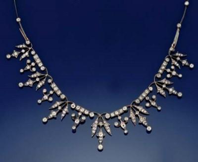 A late Victorian diamond neckl