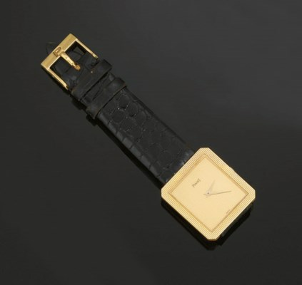 AN 18CT. GOLD WRISTWATCH, BY P