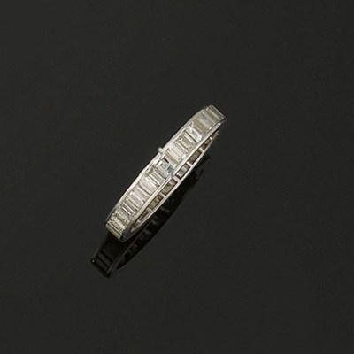 A diamond eterninty ring