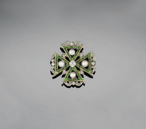 A Edwardian diamond, demantoid