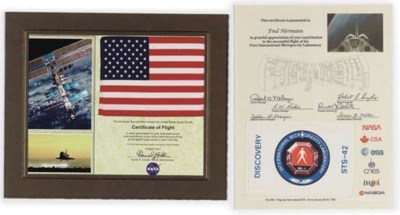 a flown discovery sts-42 flag