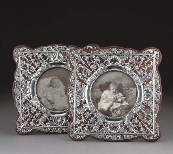 A MATCHING PAIR OF EDWARDIAN S